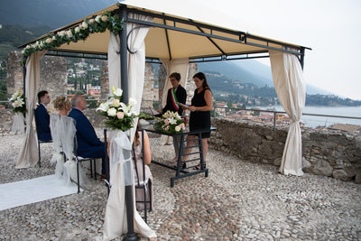 Caroline & Gus, Wedding Ceremony in Malcesine Castle