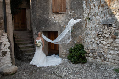 Lucy, Stunning Malcesine Castle Bride and Veil