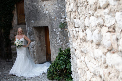 Lucy, happy bride in Malcesine