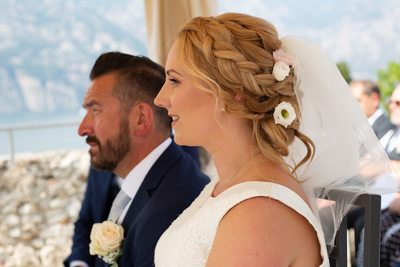 Ellie and Wayne, Romantic Malcesine Castle Wedding.