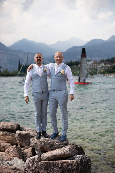 Tracey & Paul's Perfect Wedding in Malcesine Castle, Italy