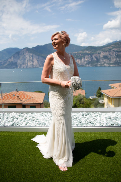 Bride getting ready at the hotel in beautiful Malcesine