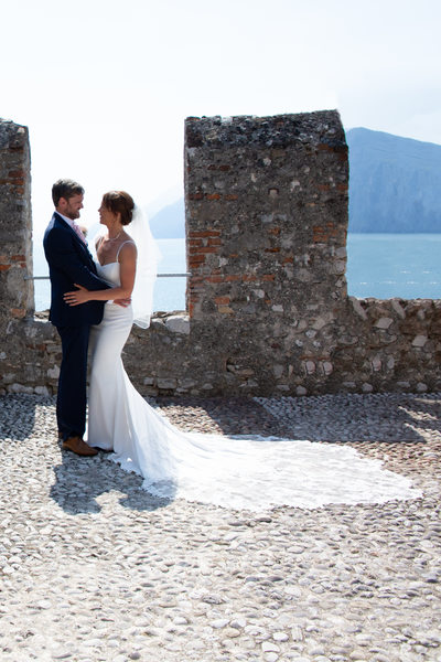 Fun, Superb weddings in amazing castles in Italy.