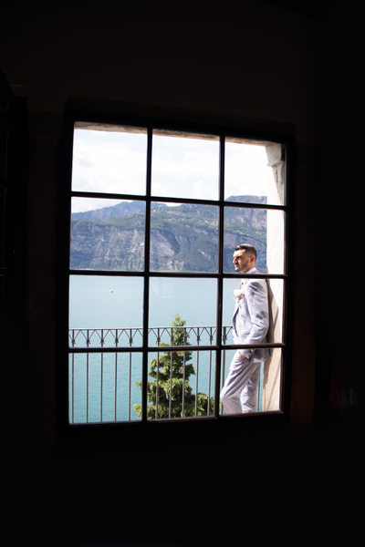 Groom in the frame, Malcesine Castle.