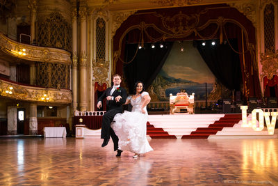 Wedding photography in Blackpool Tower Ballroom_003