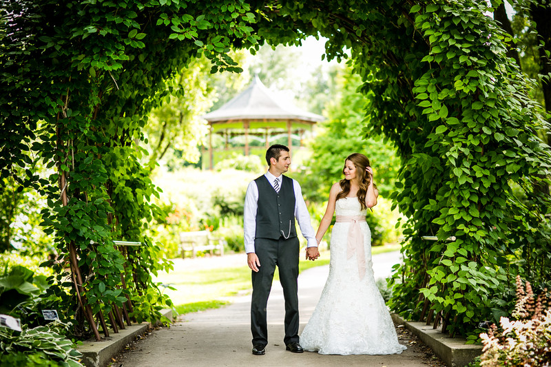 Green Bay Botanical Garden Wedding Photographer