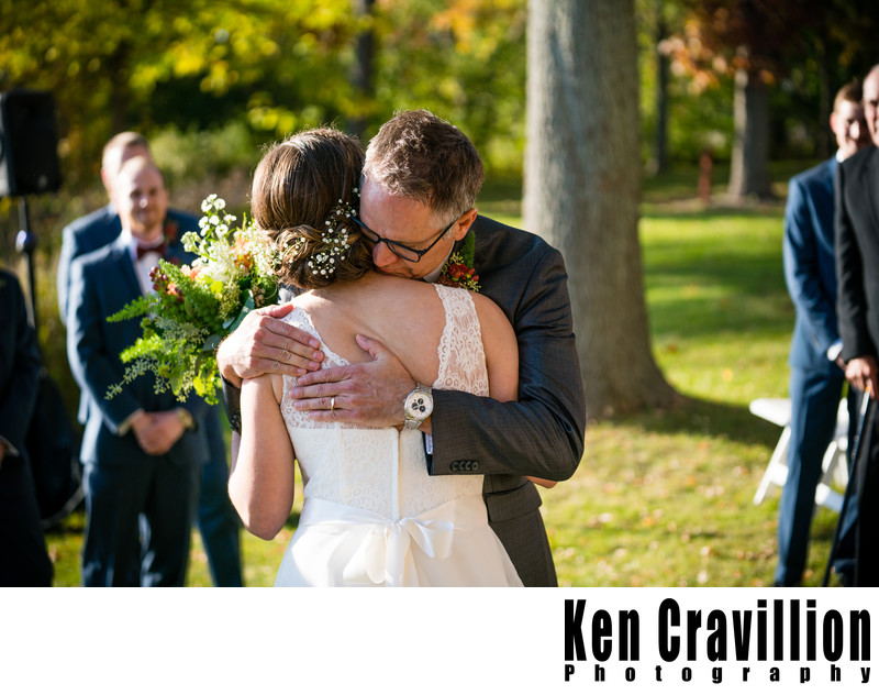 Heidel House Green Lake Fall Wedding Photos 057