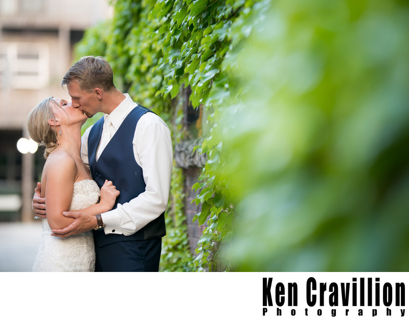 Green Bay Wedding Photos at Gather on Broadway 139