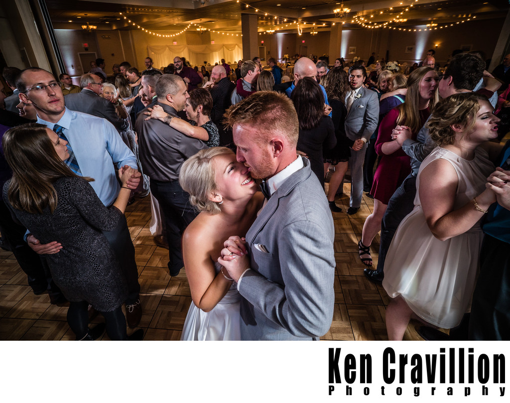 Oshkosh Wedding Photos of Emily and Ryan 122