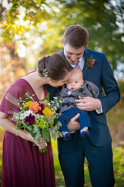 Heidel House Green Lake Fall Wedding Photos 084