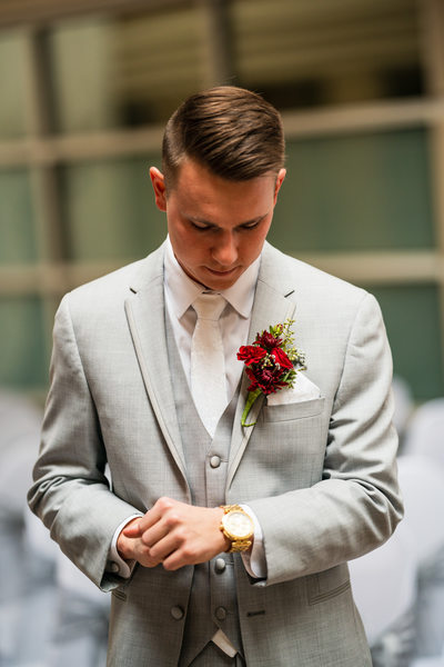 Becket's Oshkosh Wedding Photography 014