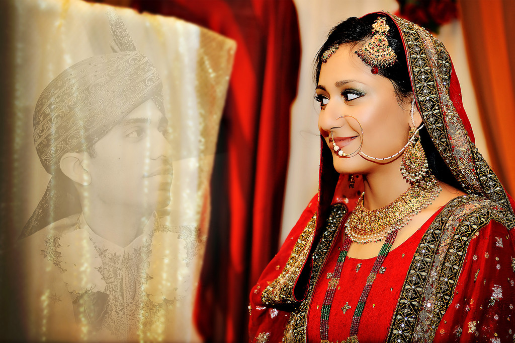 Indian Muslim Wedding Photographer Behind the Curtain