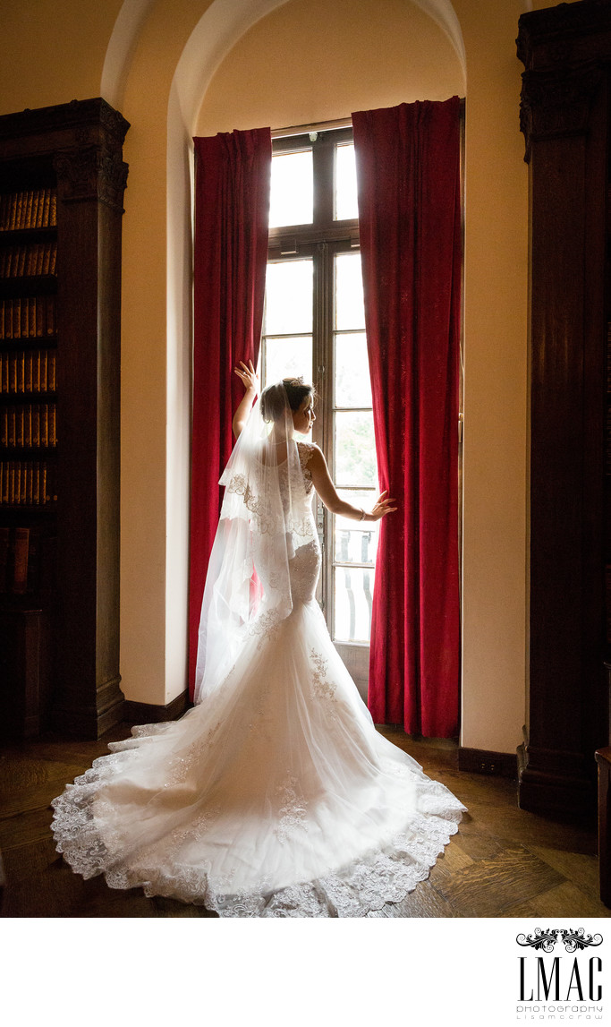 A Fabulous Wedding Shoot at the Cleveland Historical Society