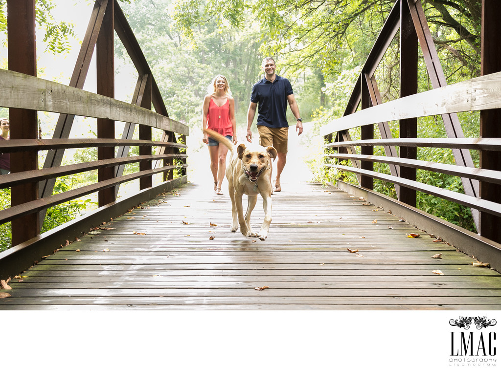 Amazing Engagement Images Include the Doggie