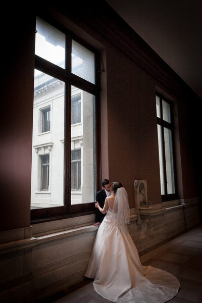 Stunning Wedding Photos from the Cleveland Courthouse