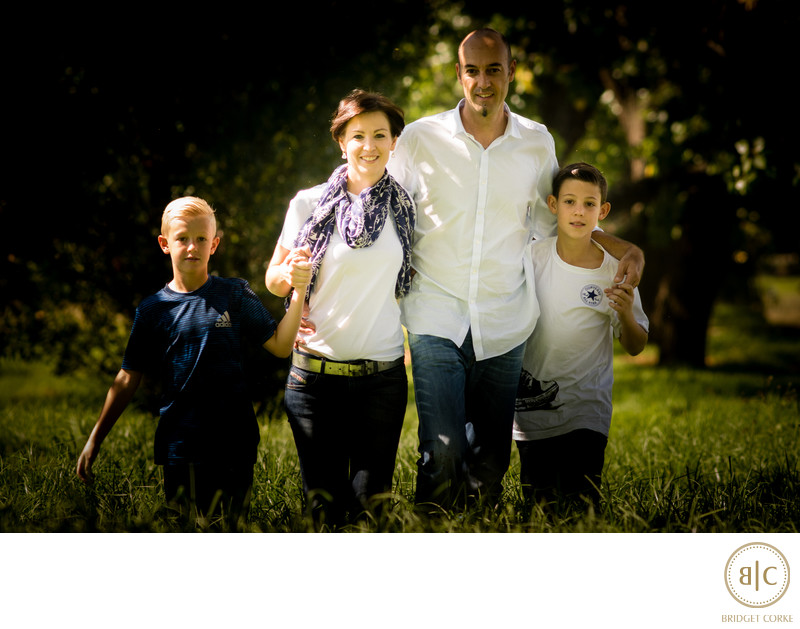 Outdoor Natural Light Park Shoot Of Family Bridget Corke Photography Jpg 800x629 Photographys