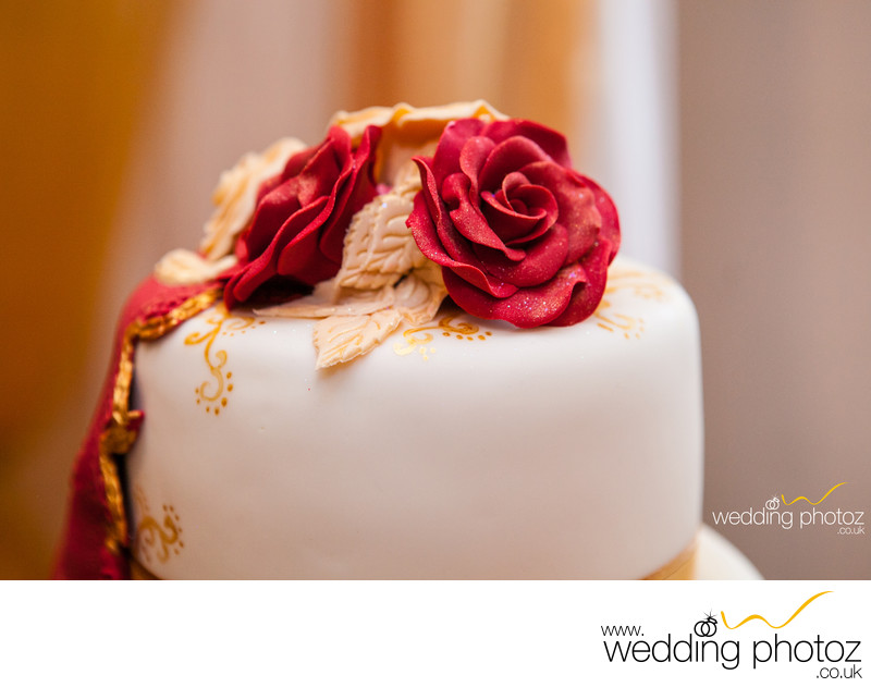 Wedding Cake photography by Asian Wedding Photographers