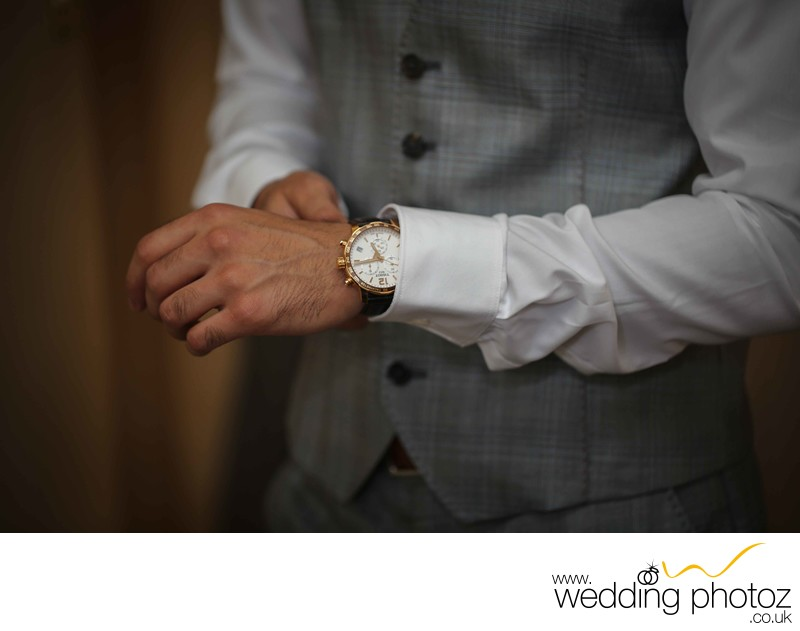 Groom prep shots by Wedding Photoz