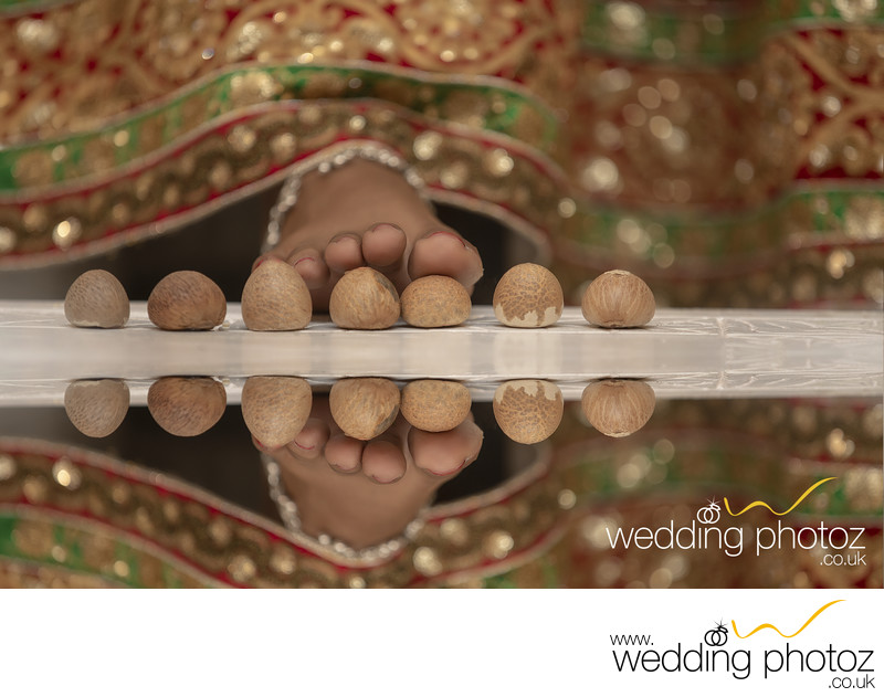 Saptapadi hindu wedding photograph