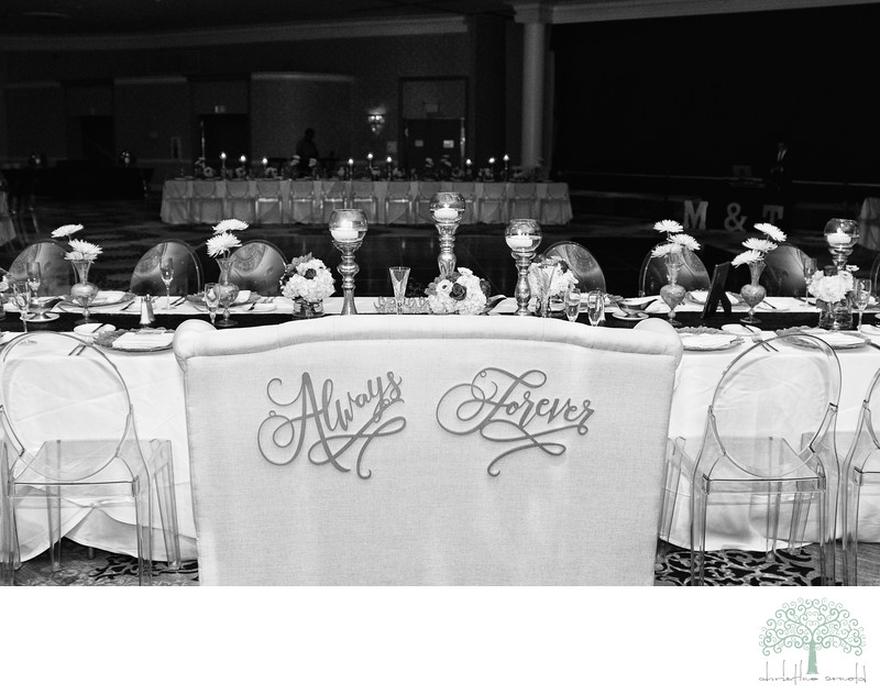 Riviera Palm Springs Head Table Decor Photographs