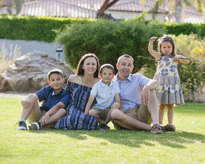 California outdoors family photographer.  Palm Springs