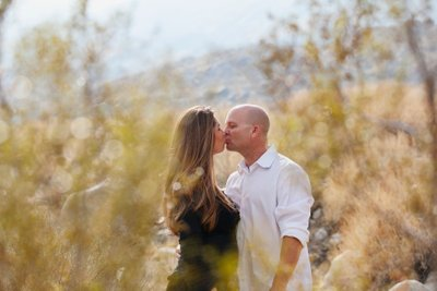 Natural family portraits in the desert of Palm Springs