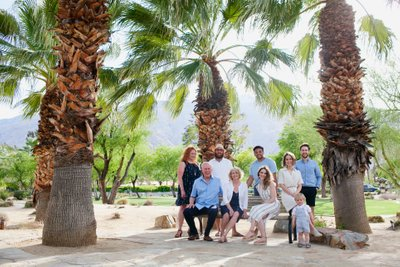 Park in Palm Springs, outdoor family photos