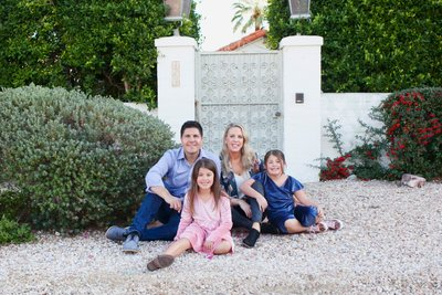 Natural family photos in Palm Springs California