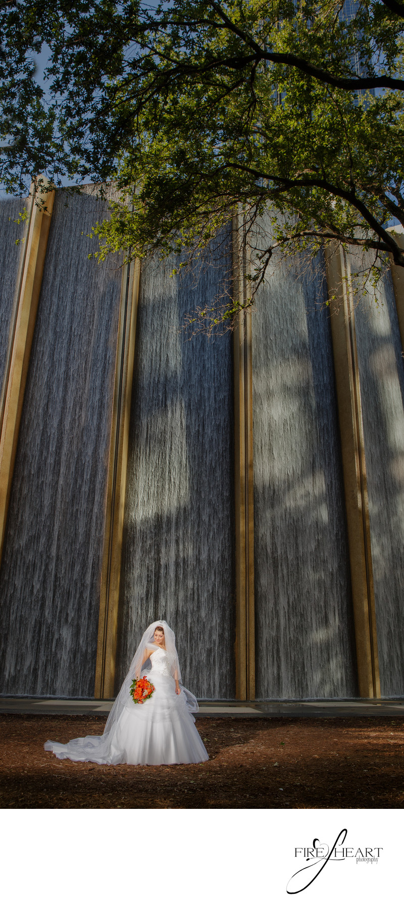 Houston Wall of Water Wedding Bridal Portriats