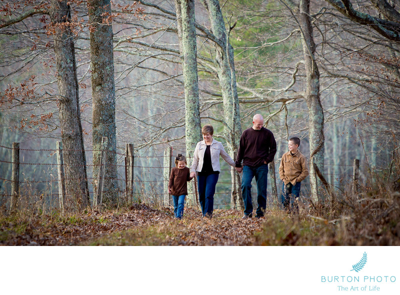 Illustrative Family Photo Blowing Rock
