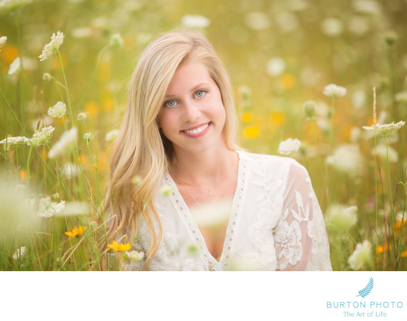 Senior Photographer Boone Olivia and Queen Anne's Lace