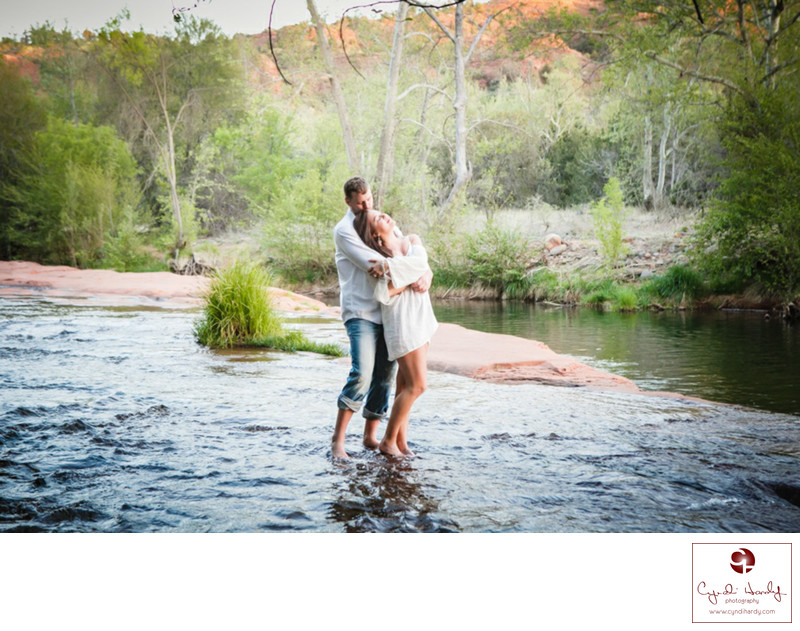 Breathtaking engagement couple in Sedona