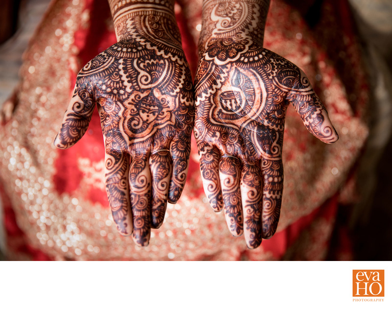 Intricate Indian Henna Tattoo on Bride's Hands