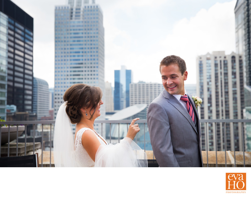 Chicago Couple Rooftop First Look