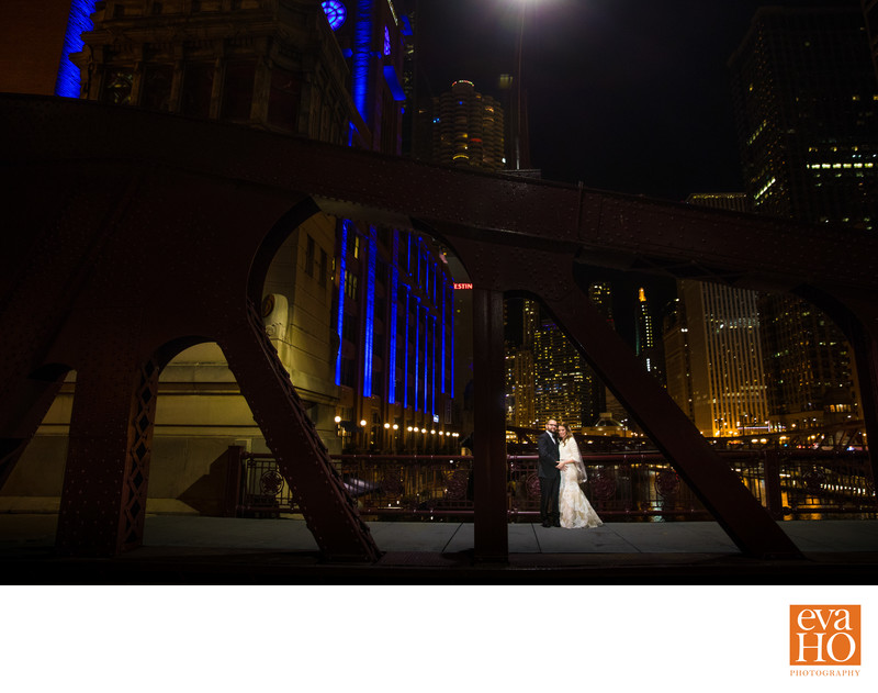 Night Time Wedding Photo at Chicago River