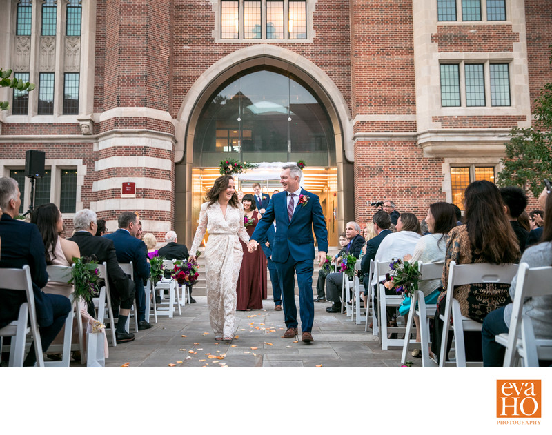 Dana and John Got Married at University of Chicago