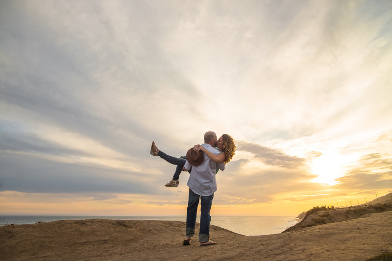 Trendy Beach Engagement Session in Malibu CA