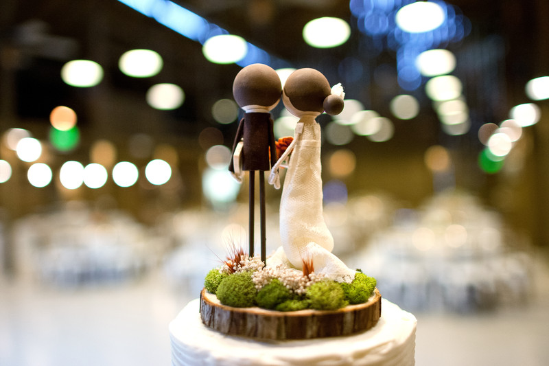 Cake Toppers at Camarillo Ranch