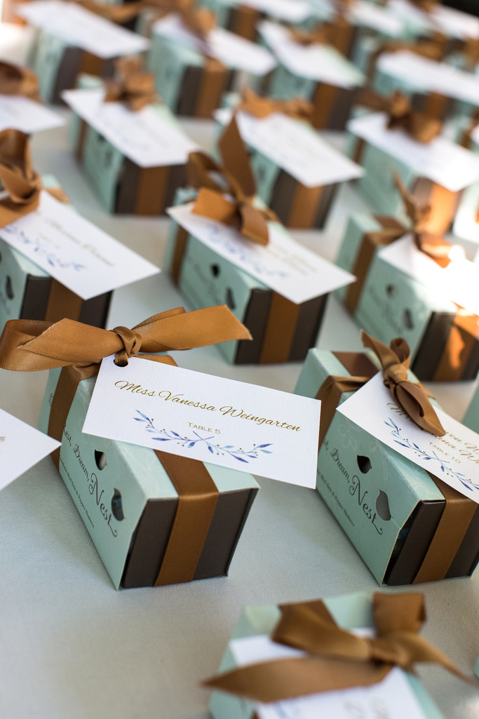 Wedding Favors Decor Photographer