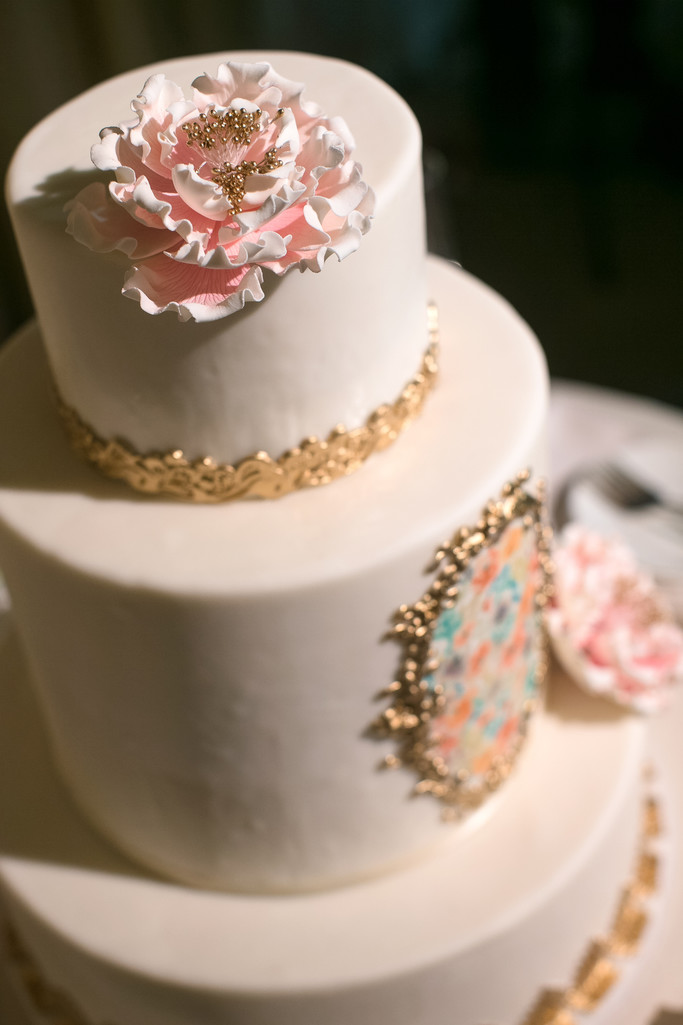 Wedding Cake Details and Decor