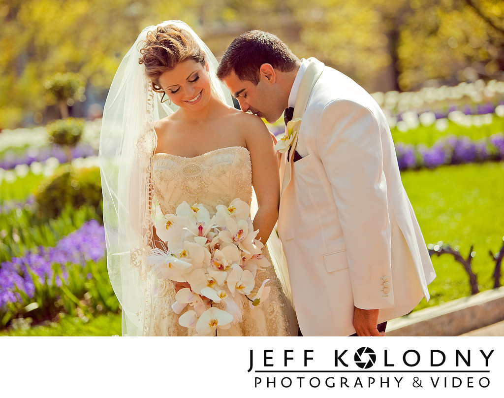 Bride & Groom share a moment together in Washington DC