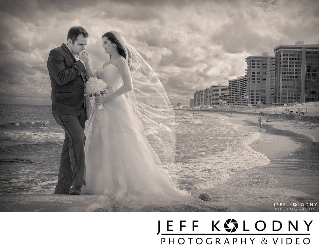 A windy wedding in Boca Raton
