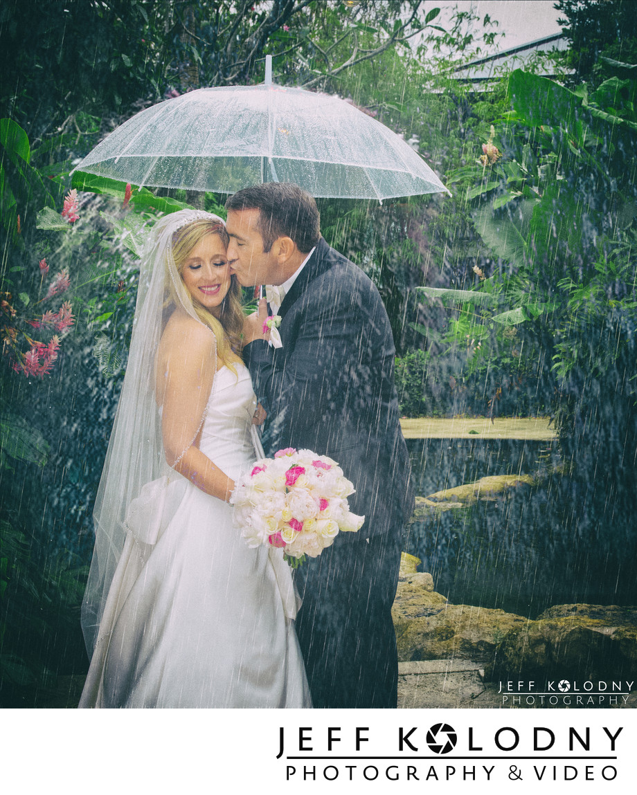 Sundy House Wedding in the Rain