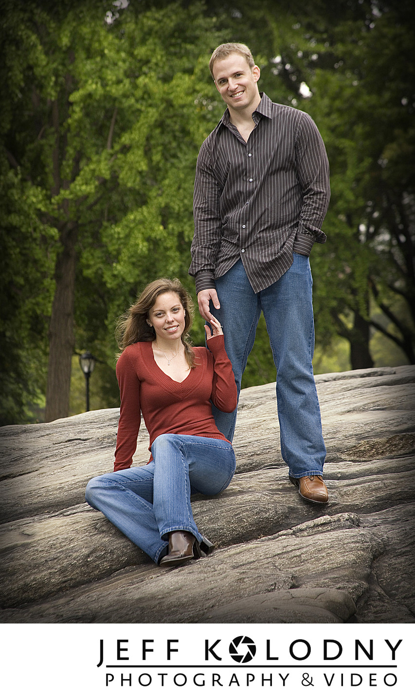 Central Park New York engagement picture.