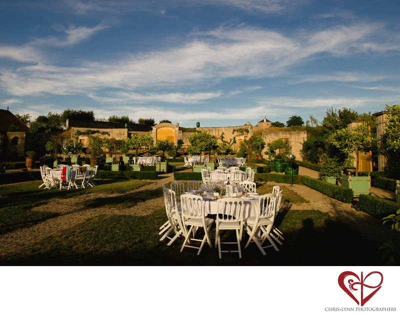 Chateau de Saint Loup Wedding Reception Pictures 7