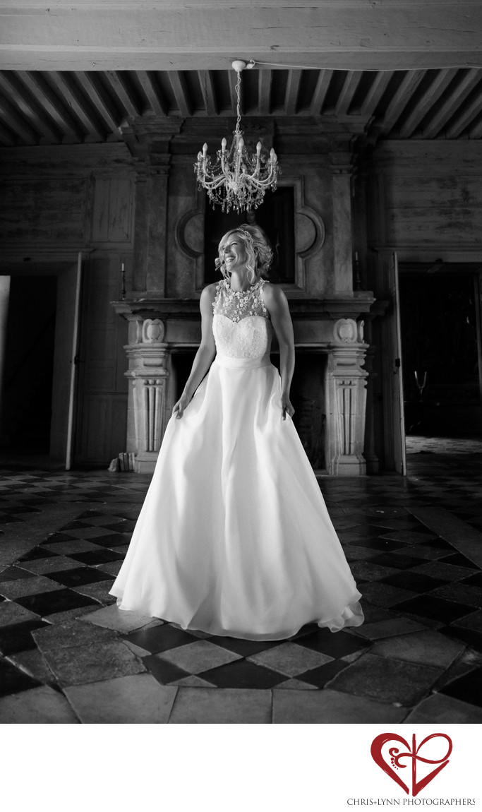 Chateau de Saint Loup Wedding Photos 4