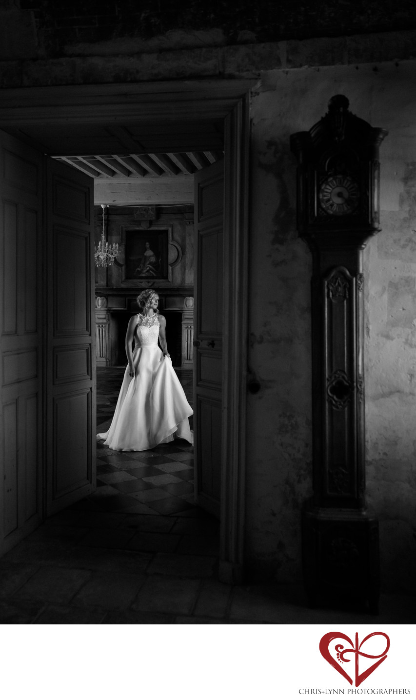 Chateau de Saint Loup Wedding Photos 5