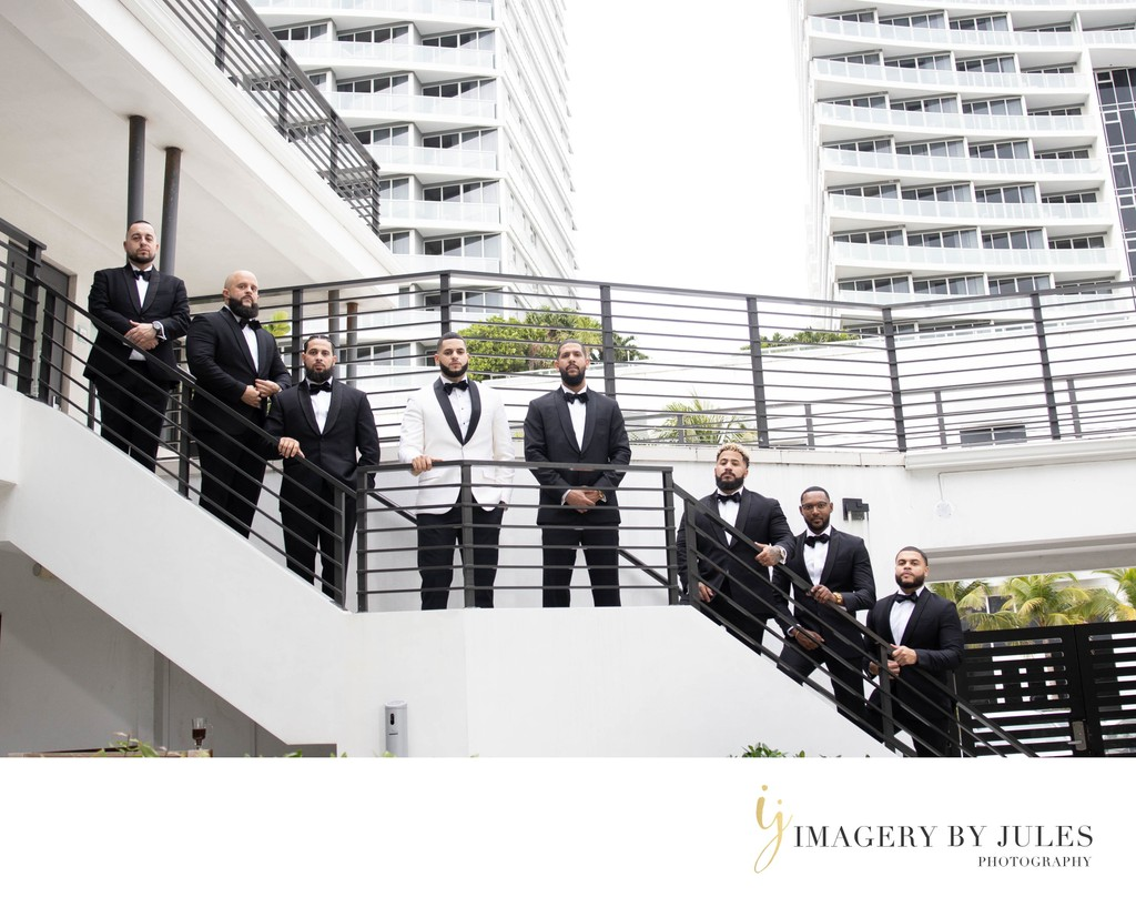 Groom & Groomsmen Bridal Party Photo