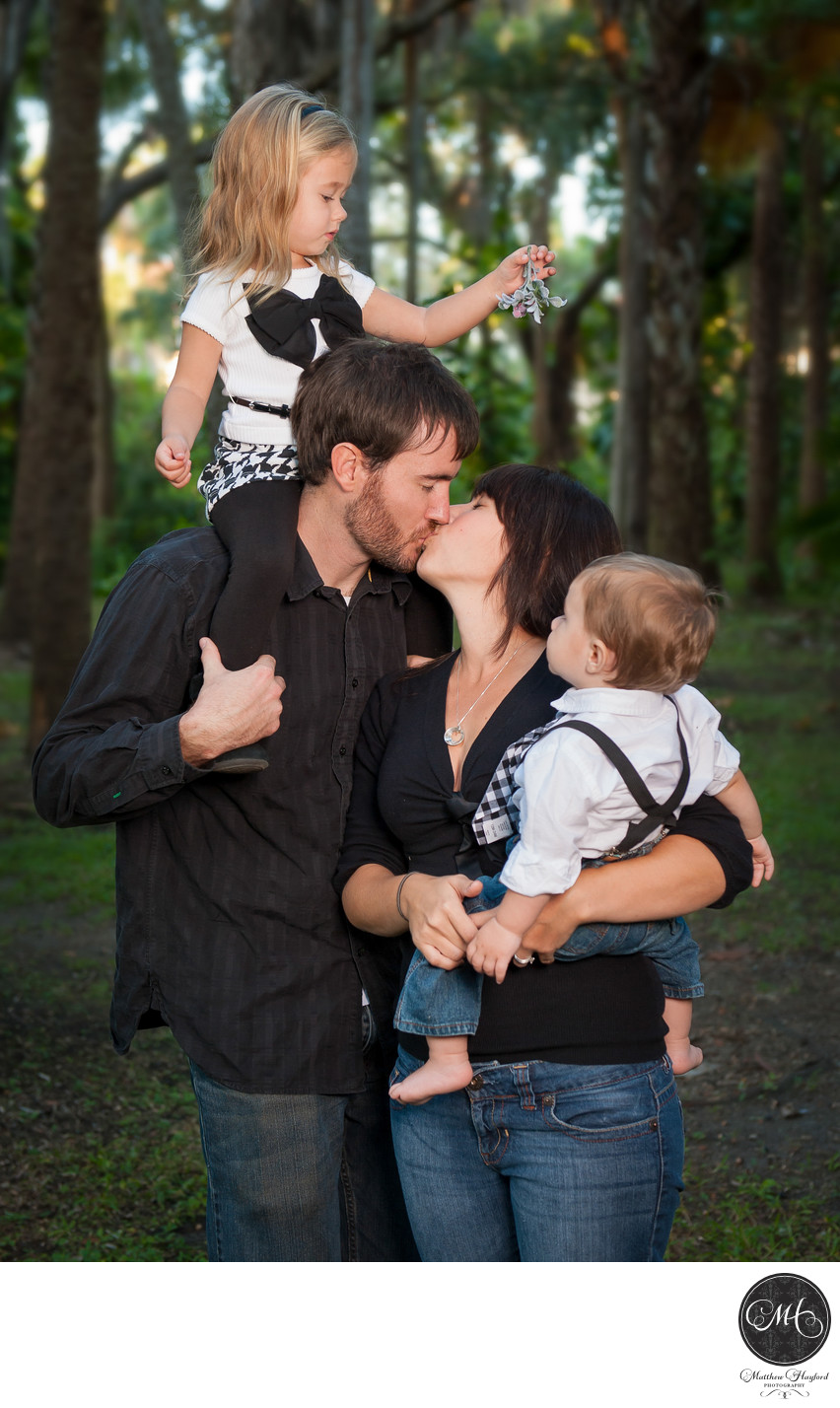 Best Family Portraits FIT Gardens
