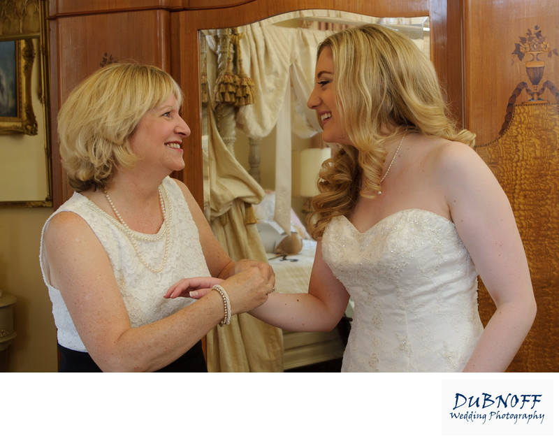 mom and bride having a moment before Benicia wedding